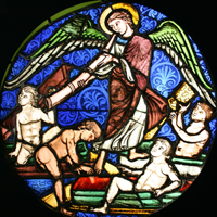 Stained-glass window: Angel with four naked boys